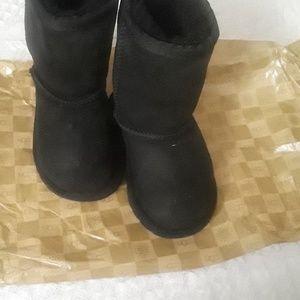 538dc0fa7 UGG. Black Toddler Ugg Boots
